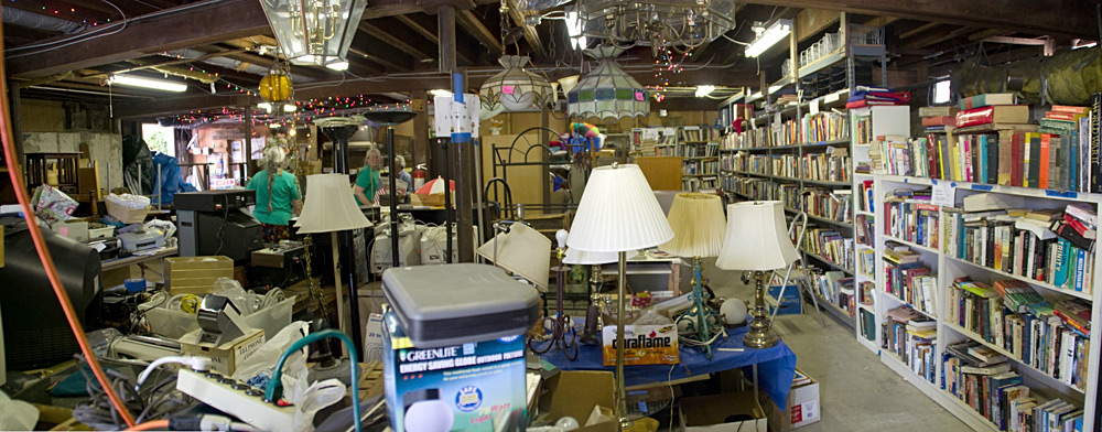 First United Methodist Church of Point Richmond annual Junktique sale